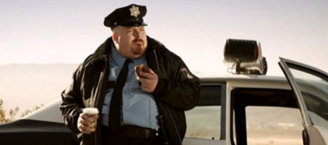 policeman-coffee-and-a-donut